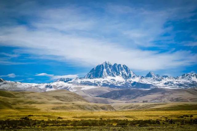 西藏雄伟壮观风景